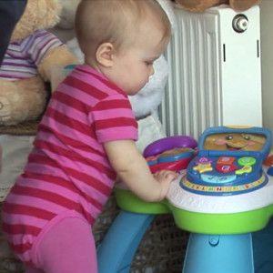 10 mėn. kūdikio raidos patarimai