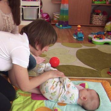 3 mėn. kūdikio raidos patarimai