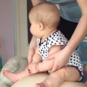 9 mėn. kūdikio raida